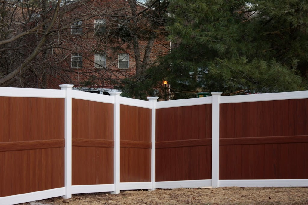Excel fencing and decking of bel air maryland offers vinyl fence solutions for your backyard and - Pvc fencing solutions ...