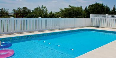 Vinyl pool fence in Baltimore