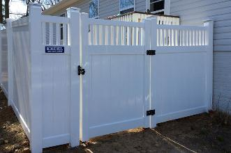 Vinyl Privacy Fence Installation Baltimore