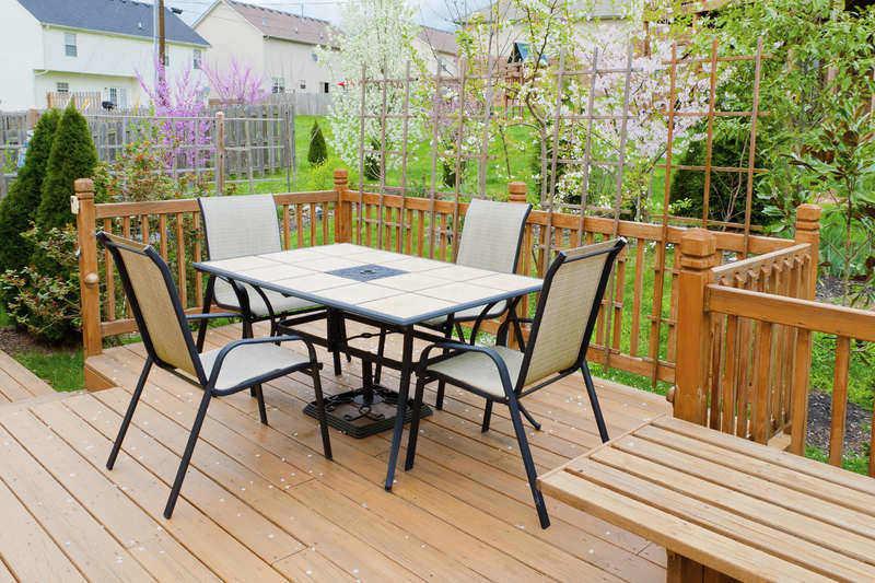 Outdoor Living Decks Vs Patios